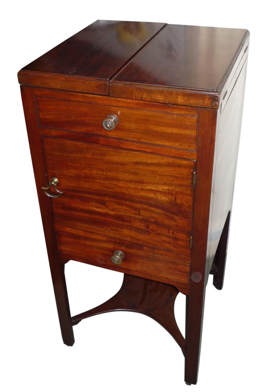 Georgian mahogany washstand circa 1800
