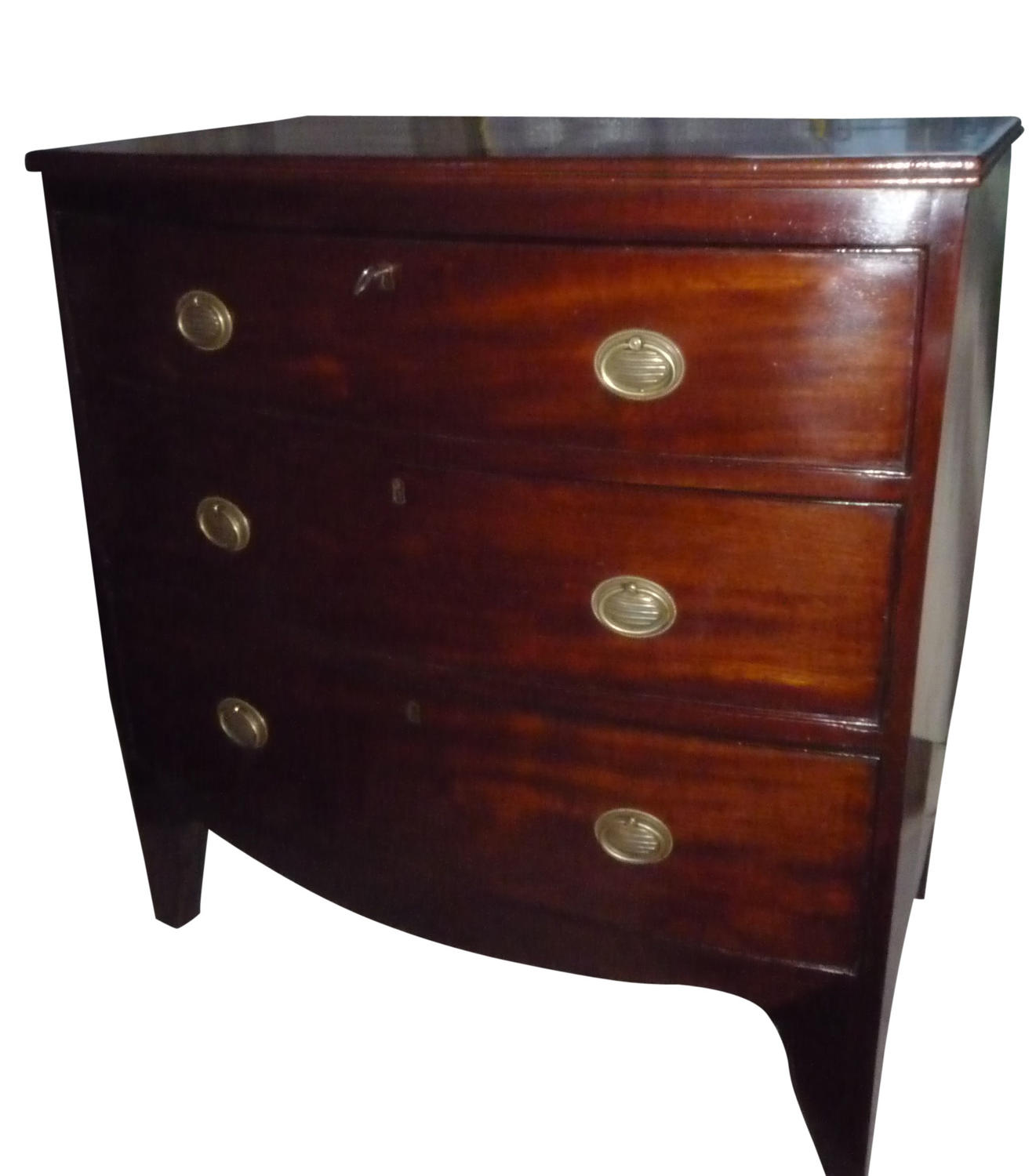 A small Georgian mahogany bow front chest c1825