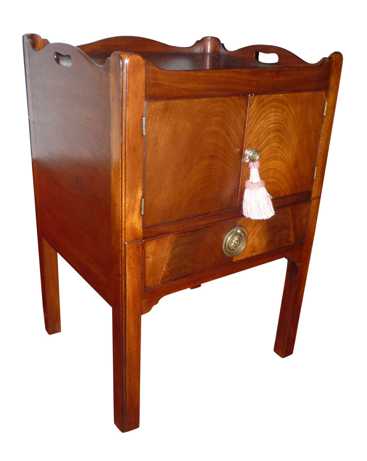 Georgian mahogany commode circa 1790
