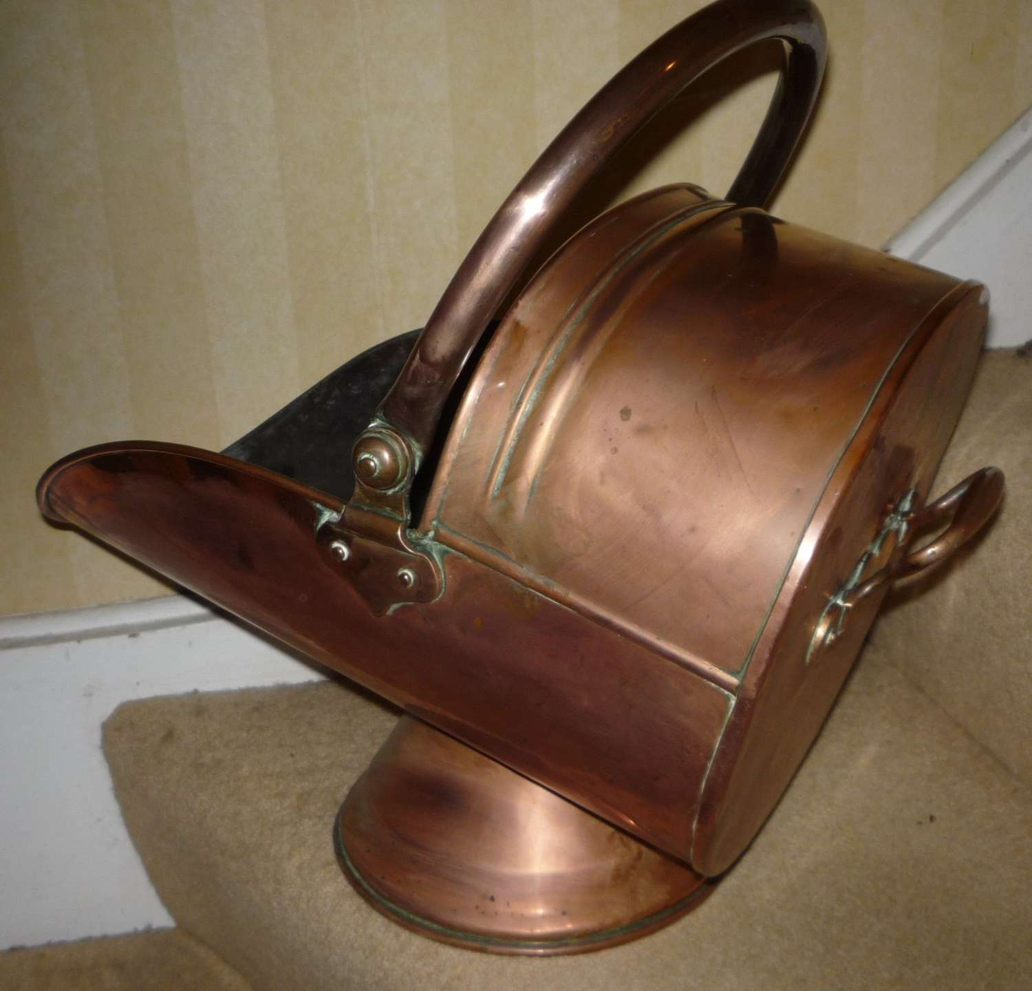 Victorian helmet shaped copper coal scuttle circa 1890